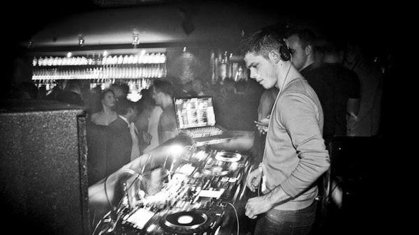Der DJ dreht auf...