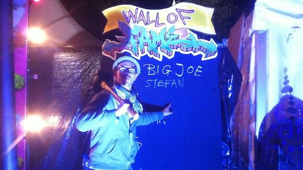 """... und mit Kirmes Attraktionen wie """"Hau den Lukas"""" (Ja, ich durfte mich auf """"Wall of Fame"""" eintragen)"""