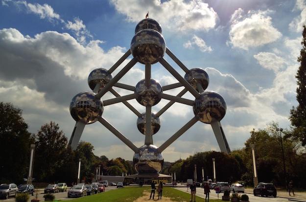 Besuch beim Wahrzeichen Brüssels - das Atomium