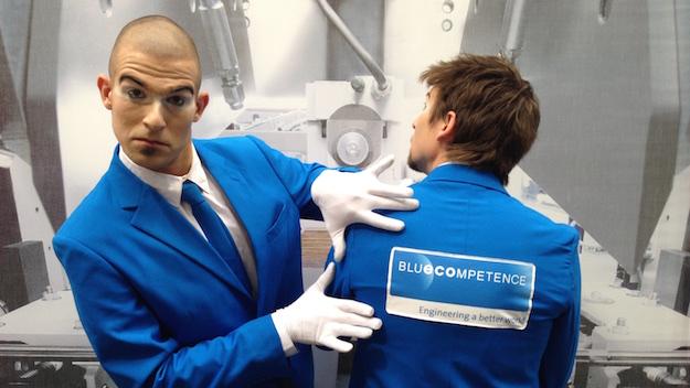 Blau in Blau: Blue Competence