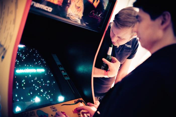 Arcade Weihnachtsfeier Party
