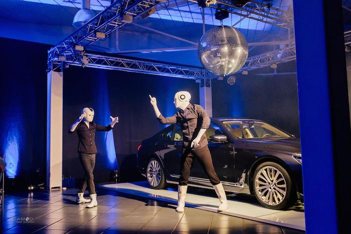 BMW 7 Präsentation Kaltenbach Show Roboter