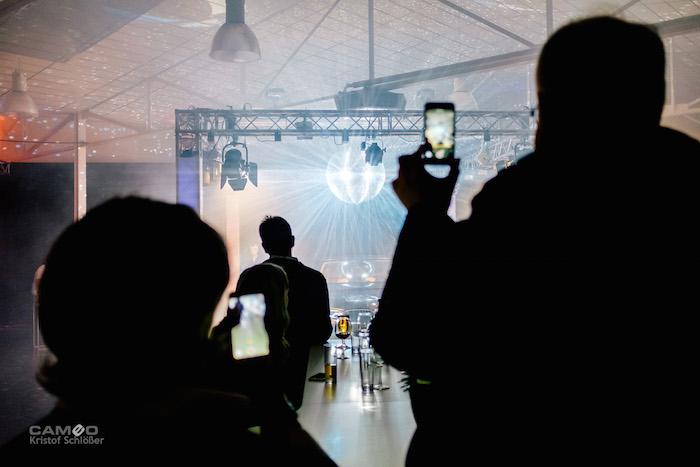 BMW 7 Präsentation Kaltenbach preshow handy