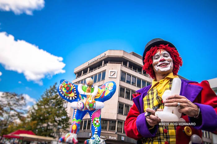 Duisburg clown ballon Show lack und Chrom Event