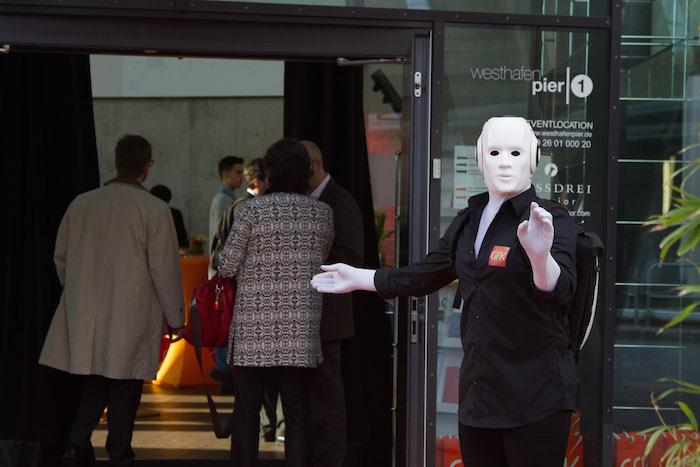 Roboter Pantomime Frankfurt GFK Summit