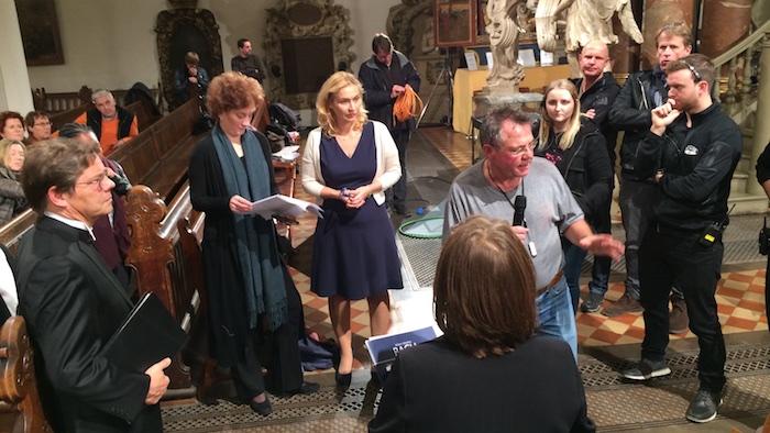 kuenstler-pantomime-ard-fernsehgottesdienst-luther-uebersetzt-bibel-regie-besprechung