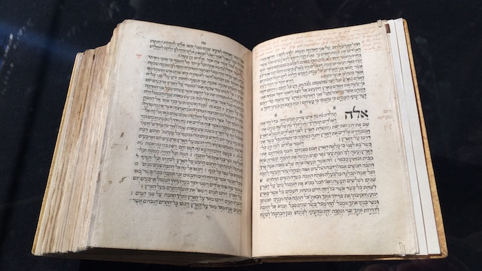 luther-bibel-original-handschriftliche-anmerkungen